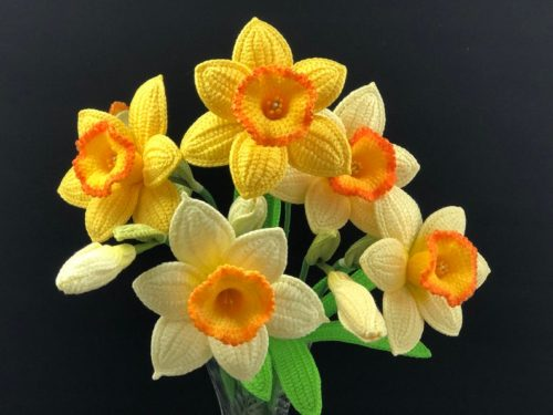 motif de crochet fleur réaliste jonquille