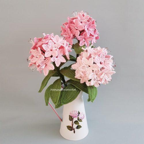Motif de crochet de fleur réaliste de rhododendron